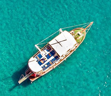 Glass Bottom Boat Tours image