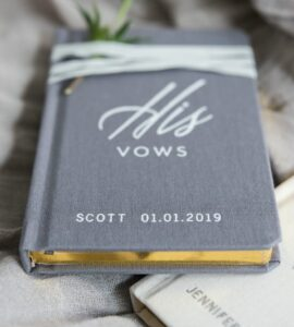 Top tips for writing your own wedding vows - Couples Resorts