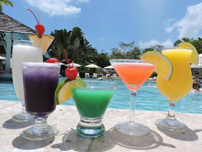Jamaican rum cocktails you have to try on holiday - Couples Resorts