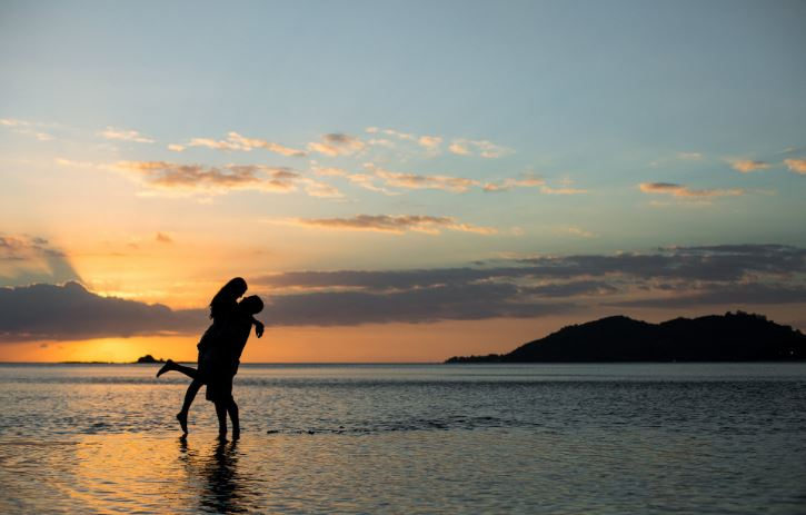 Top sunrise photography tips - Couples Resorts