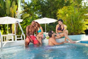 https://couplesresorts.co.uk/blog/best-swim-up-bars-in-jamaica/