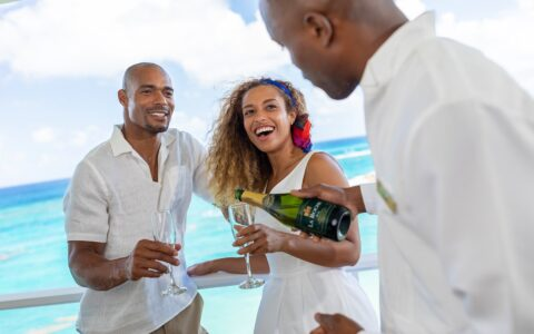 Couples Tower Isle: A champagne welcome toast