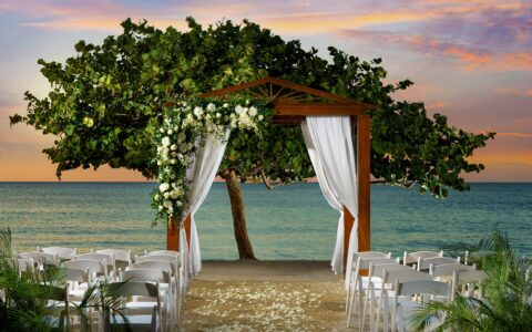 Beach Wedding Gazebo, Couples Negril