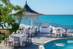 Couples Tower Isle: Private Island Weddings Venue